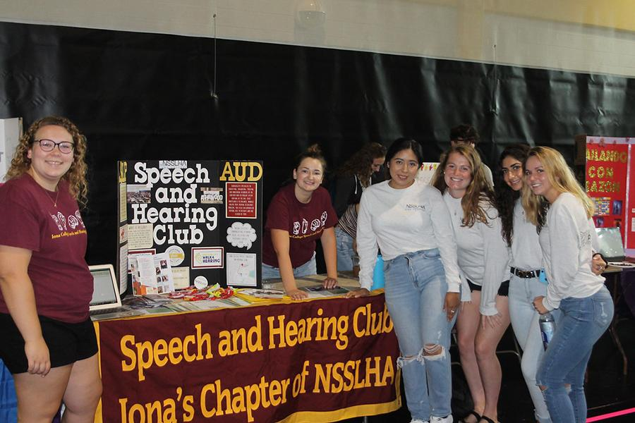 The Speech and Hearing club members recruit at the involvement fair.