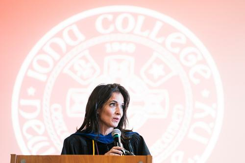 Jeanne Zaino speaks at the 2019 freshman convocation.